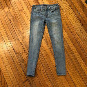 AEO Super Super Stretch Light Wash Jegging Jeans